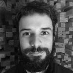 Luciano Martín Cabrera, Professor do Image Campus, Bacharel em Artes Eletrônicas, Orientação de Som. Designer de som na SoundInWords e músico profissional